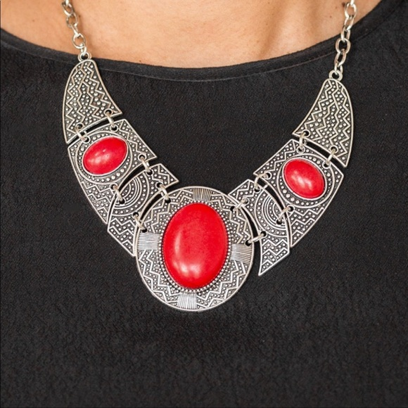 J67 Red stones necklace